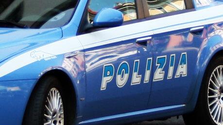 Spara a ex moglie Segrate, tentato omicidio - suicidio giardini via Cellini