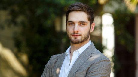 Un Posto Al Sole: Vittorio denuncia Luca, anticipazioni 3-7 aprile